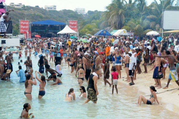 Caribbean-Beach-Party